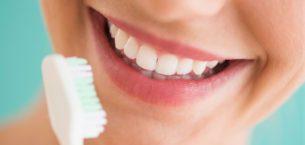 Evde Diş Beyazlatmak için Ne Yapılır?
